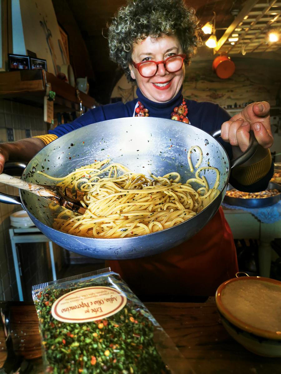 Aglio, olio & peperoncino, the trinity of midnight spaghetti.